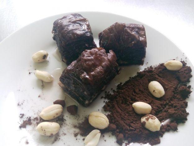 im_1_0_baclava-cu-arahide-si-cacao